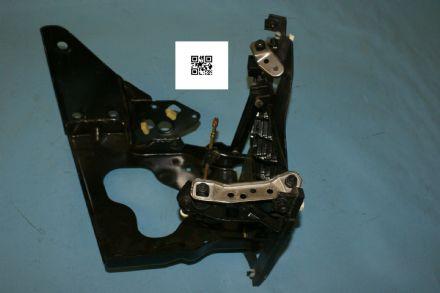 1997-2004 Corvette C5 LH Headlight Bracket GM 16523677, Used Good
